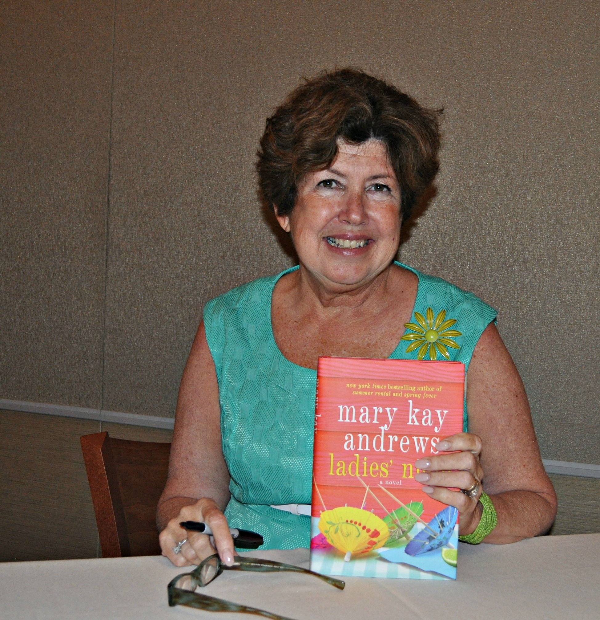 Author event and giveaway: Mary Kay Andrews
